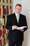 Dr. Christian Gepart